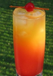 The Beach Breeze Summer Cocktail