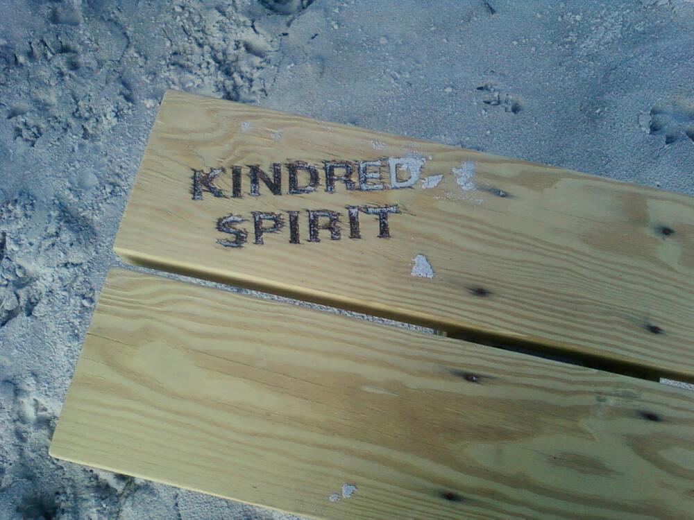 Kindred Spirit Mailbox Bench