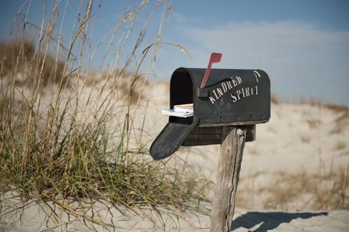 Sunset-Beach-Kindred-Spirit-Mailbox-on Time Warner Cable News
